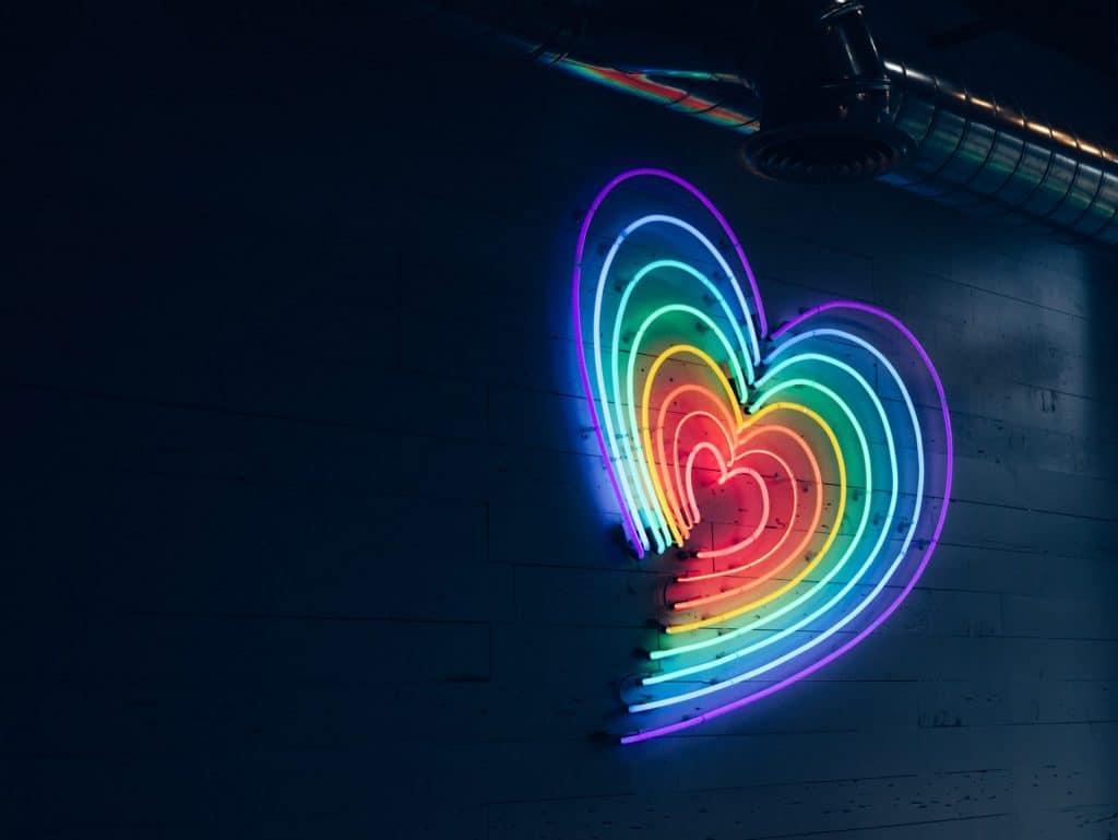 rainbow-heart-pic